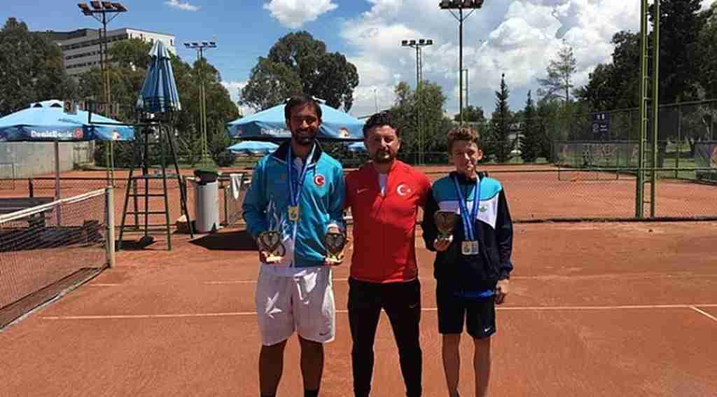 13 yaşındaki Emir, Dünya Şampiyonası'nda - Bursa Haberleri