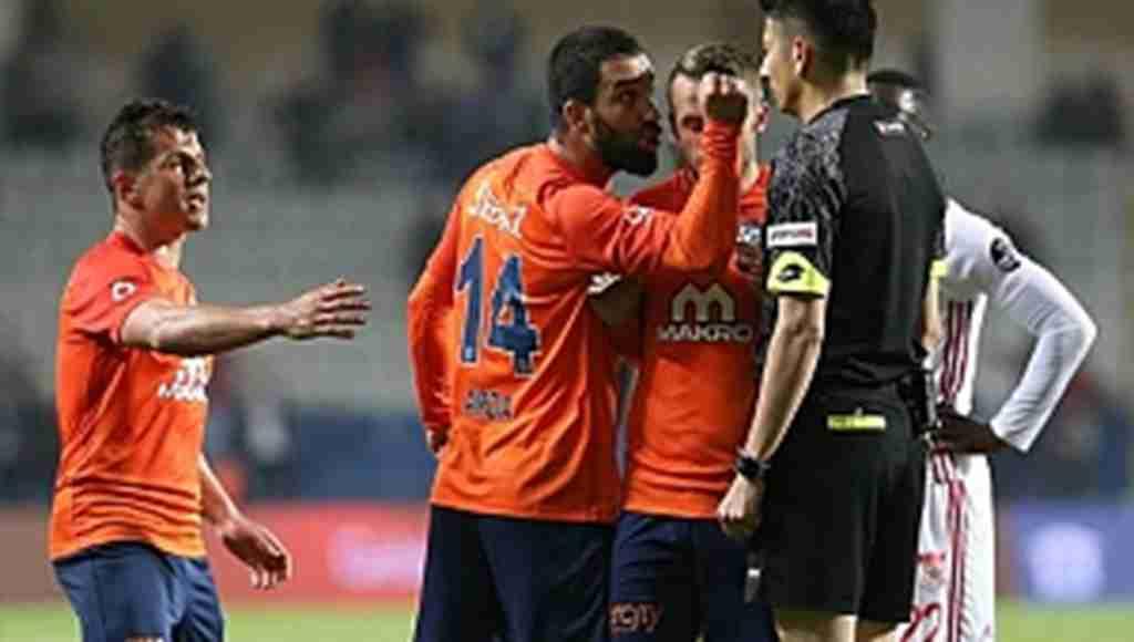 Arda Turan 16 maç cezadan tek bir yolla kurtulabilir