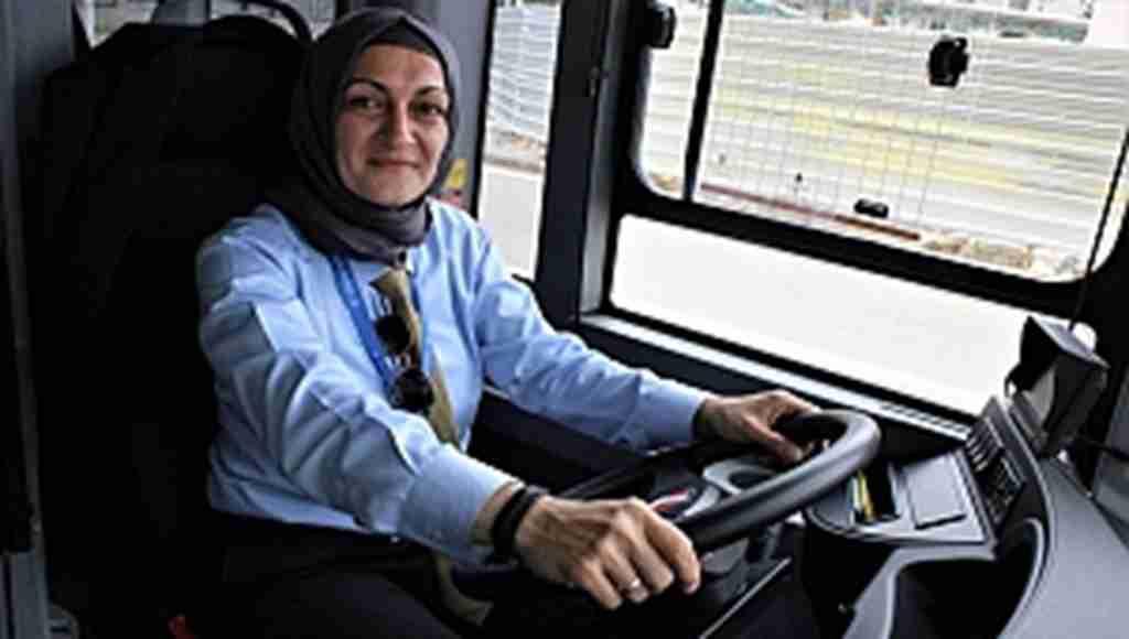 Bursa'nın şoför annesi direksiyon başında - Bursa Haberleri