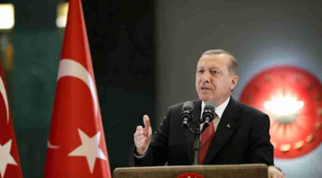 Cumhurbaşkanı Erdoğan'dan dolar artışı için ilk yorum: