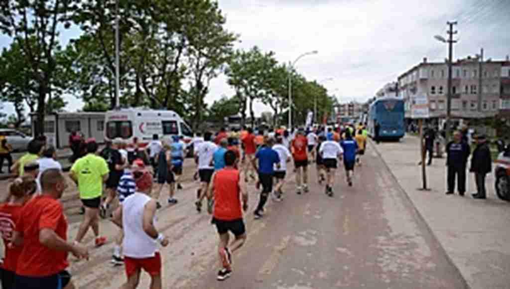 Karacabey Longoz Koşusu büyük bir heyecana sahne oldu - Bursa Haberleri