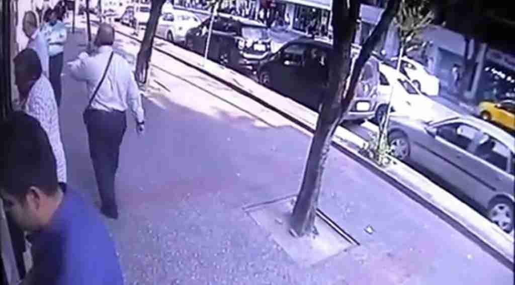 Maaş kartını bankamatikte unuttu, 700 lirası çalındı - Bursa Haberleri