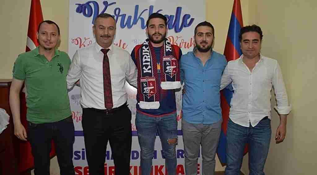 Büyük Anadolu Kırıkkalespor 3 3 gün art arda gerçekleştirdiği imza töreninde 7 futbolcu transfer etti