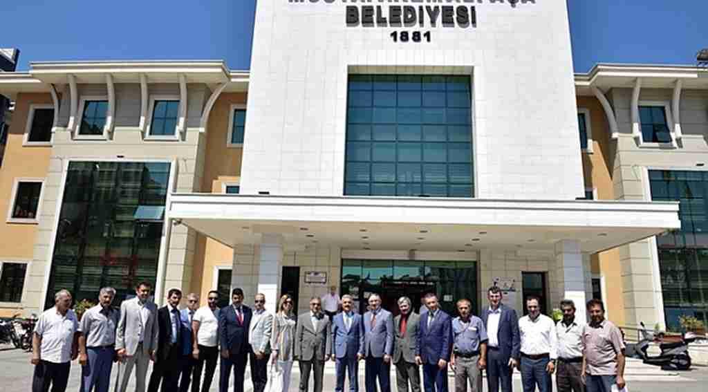 Büyükataman'dan Başkan Kurtulan'a ziyaret - Bursa Haberleri
