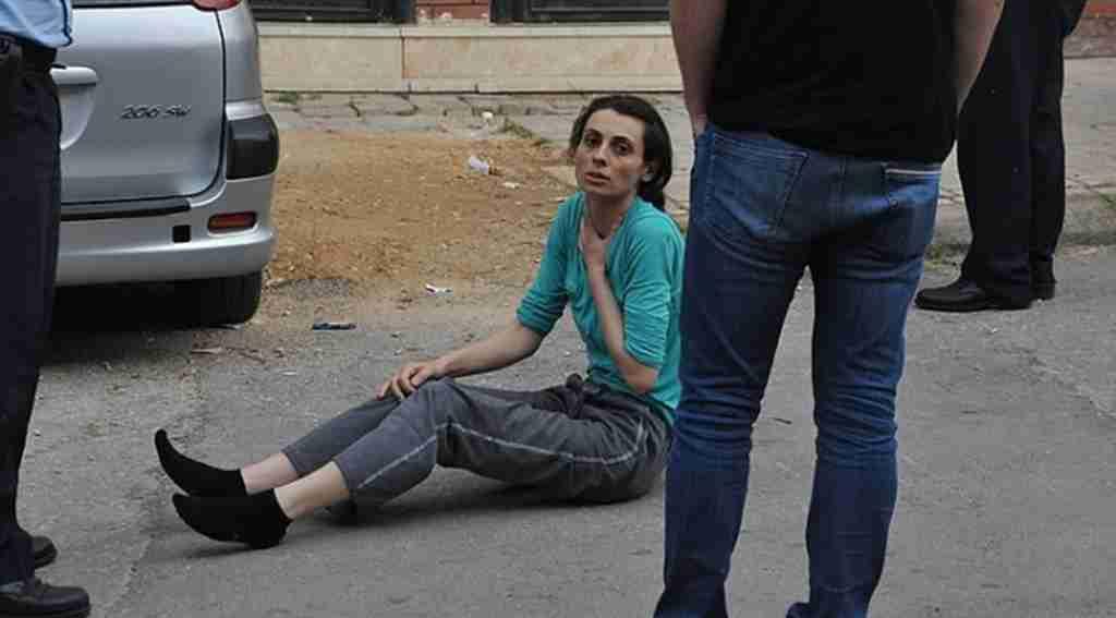Kocasını bıçaklayarak öldürdü, sinir krizi geçirince hastaneye götürüldü - Bursa Haberleri