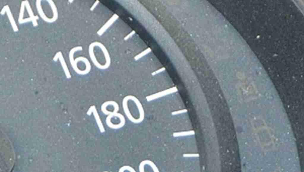 Mahkemeden yüz binlerce sürücüyü ilgilendiren '2 km' kararı