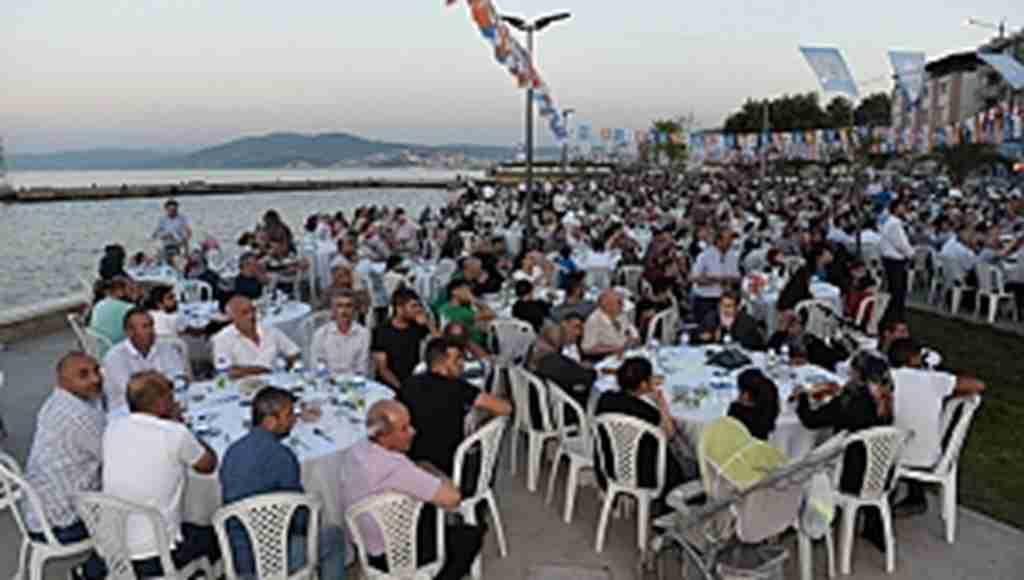 Sahilde 'iftar' coşkusu - Bursa Haberleri