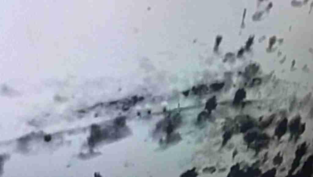 Şemsiyeli teröristler İHA'ya yakalandı