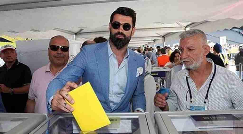 "Volkan Demirel: ""1907 liraya imza atarım"""