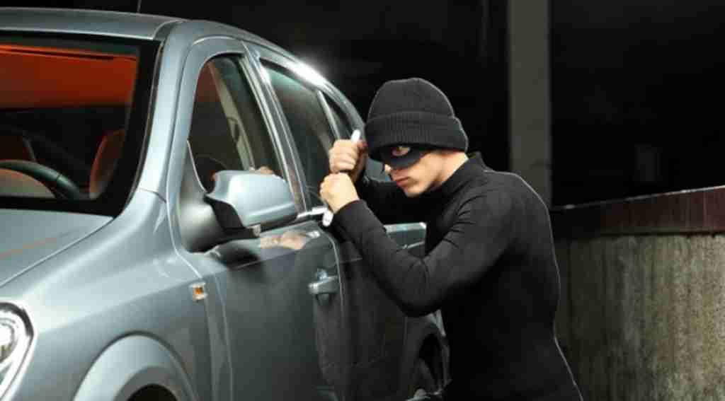 Çaldığı arabayı çaldırdı - Bursa Haberleri