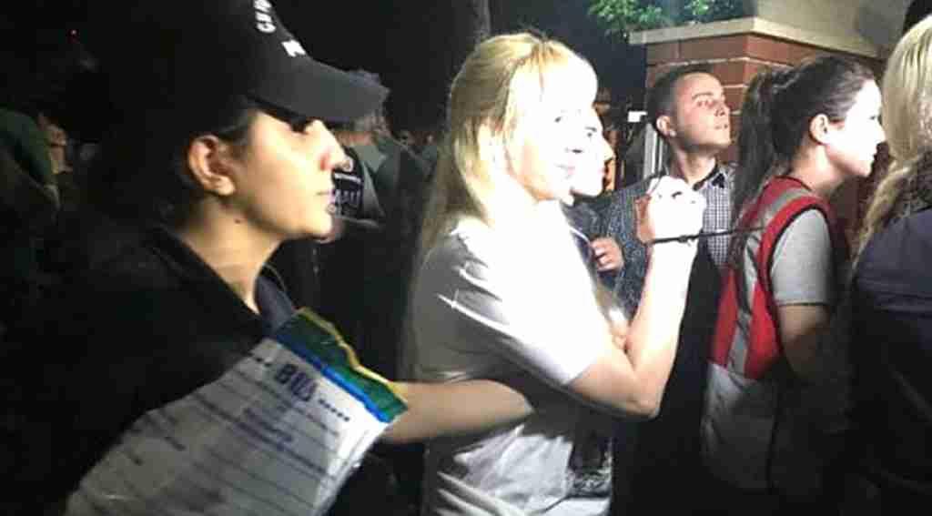 İstanbul'da villada 9 kedicik daha göz altına alındı! Polis ile çatışma iddiası!