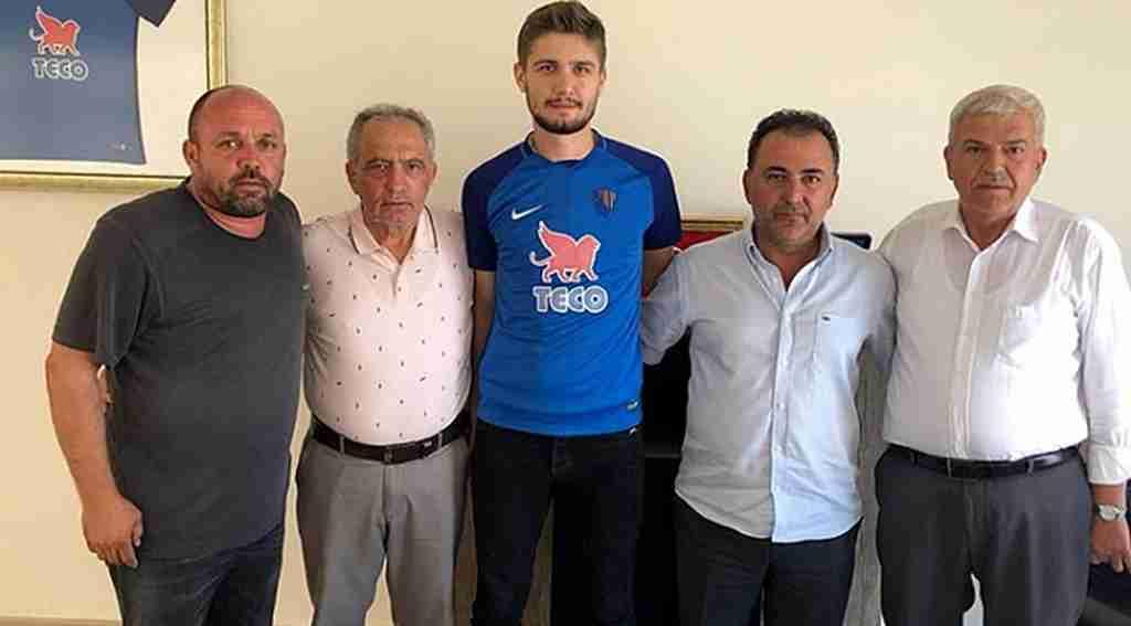 Karacabey Birlikspor'a genç stoper - Bursa Haberleri