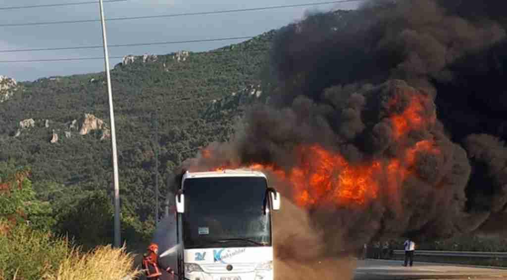 Yolcu otobüsü alev alev yandı - Bursa Haberleri