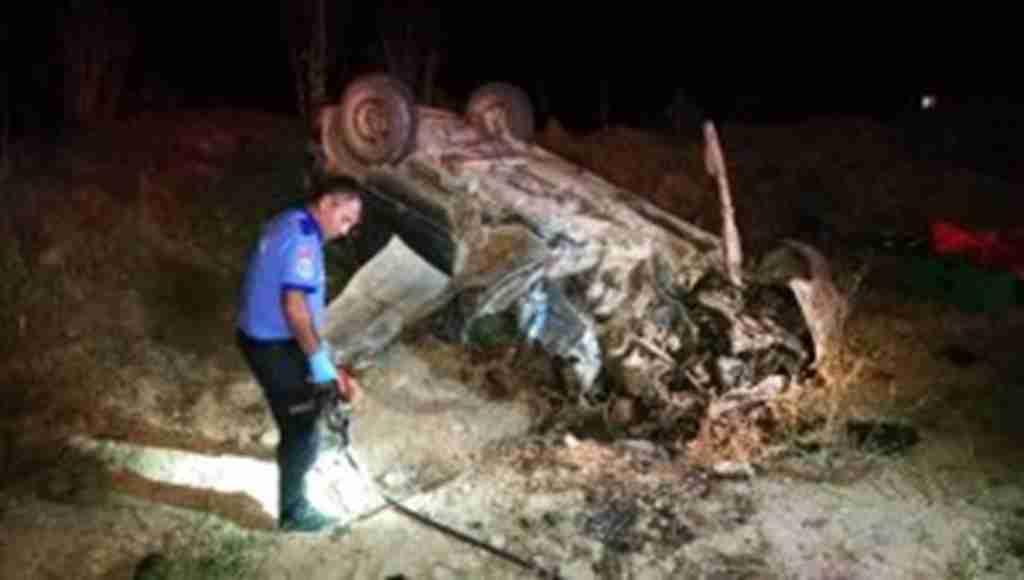 Bursa'nın ölüm yolu... Aynı yolda katliam gibi trafik kazası! 3 saat ara ile 2 kaza, 2 ölü 5 yaralı - Bursa Haberleri