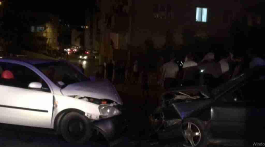 İki otomobil çarpıştı 6 yaralı - Bursa Haberleri
