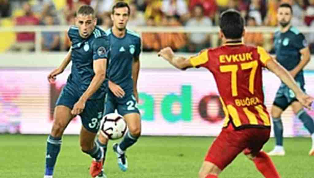 Yeni Malatyaspor, sahasında Fenerbahçe'yi yendi