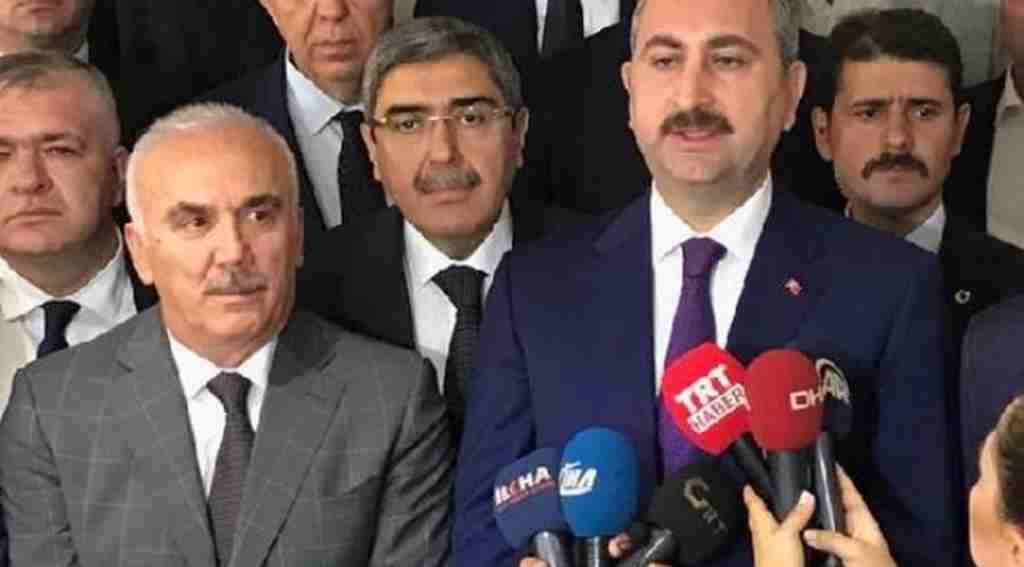 Adalet Bakanı Abdulhamit Gül: ''Türkiye'deki Ekonomik Sıkıntılar Rasyonel Değil, Psikolojik''
