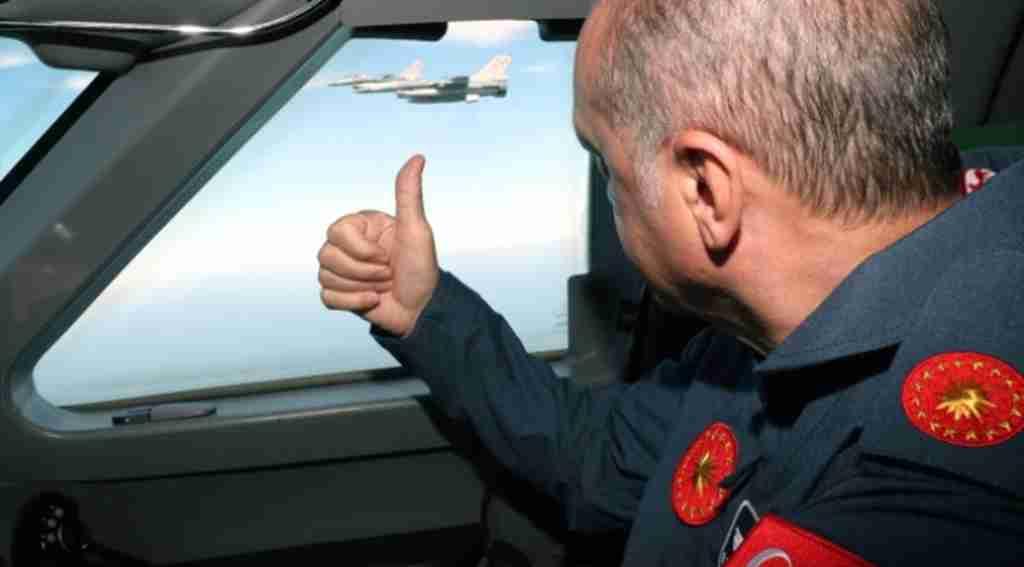Başkan Erdoğan, Üçüncü Havalimanı'na iniş yaptı
