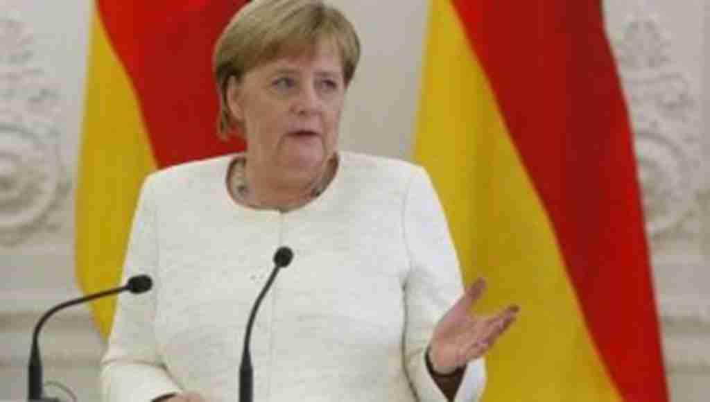 """Merkel NATO'yu uyardı: """"Güçlenmemiz lazım"""""""