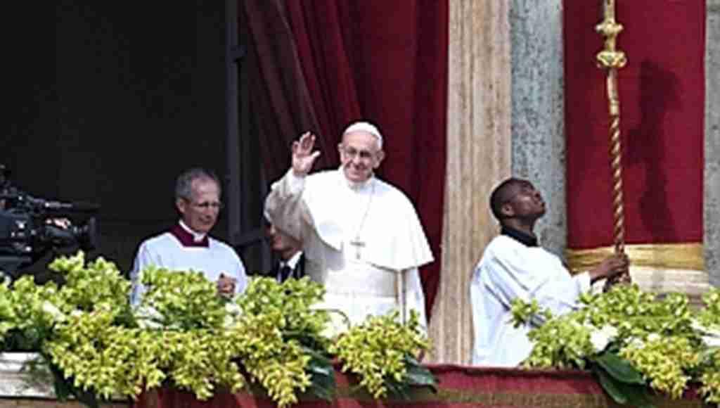 Çocuklara cinsel istismarda bulunan iki Başpiskoposu kovdu