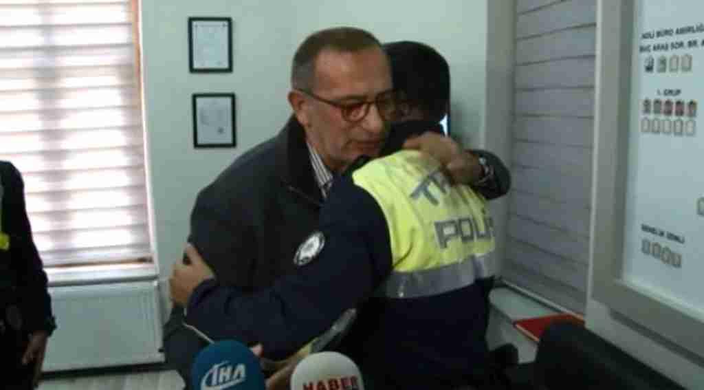 Fatih Altaylı, küfrettiği polis memurundan özür diledi