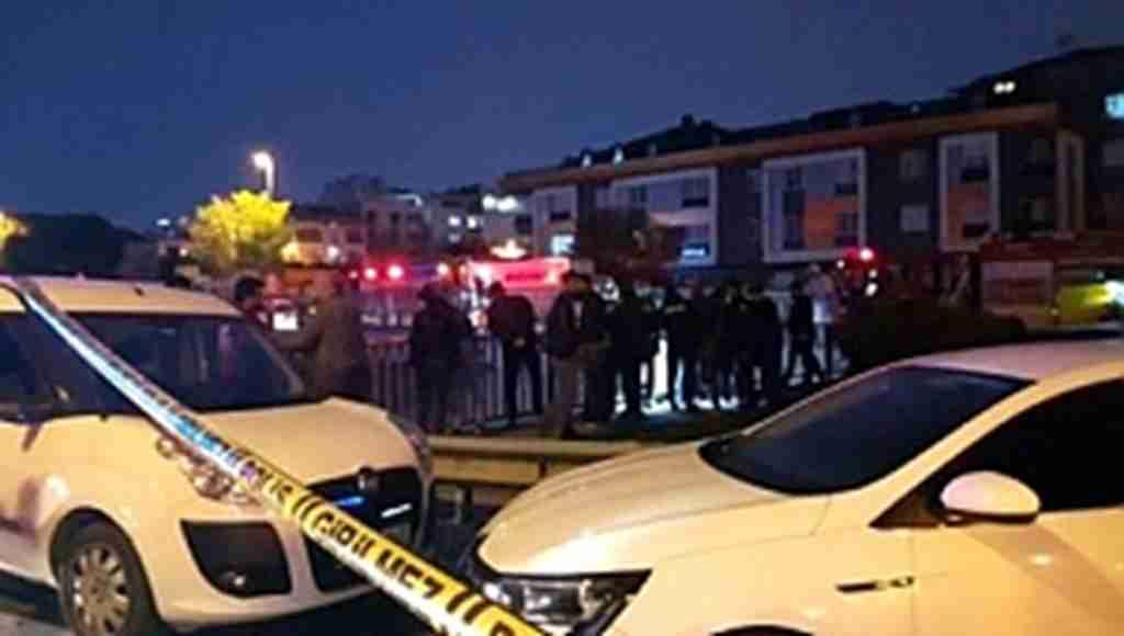 İstanbul'un göbeğinde kan donduran olay! Vatandaşlar merakla izledi!