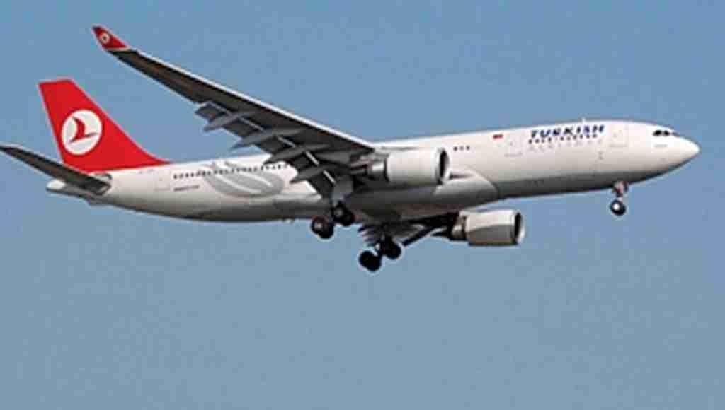THY uçağında kusan yolcu paniği