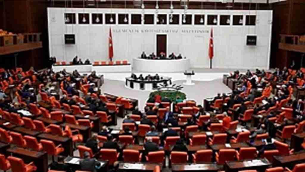 Türk askerinin Lübnan'daki görev süresi uzatıldı