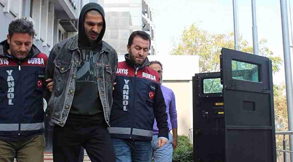 LÖSEV kumbaralarını çalan hırsızlar yakalandı - Bursa Haberleri
