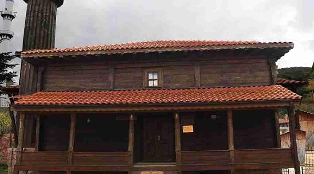 134 yıllık 'çivisiz cami', zamana meydan okuyor - Bursa Haberleri