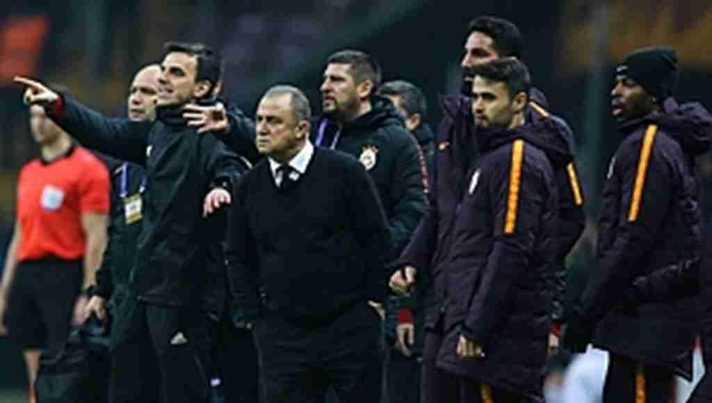 Galatasaray'ın yeni sezon formaları sızdı, Taraftar bu kez beğendi