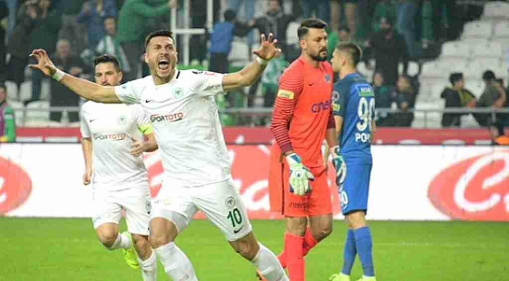 Gol atamıyor diye kurban kestiler, il maçında 2 gol attı