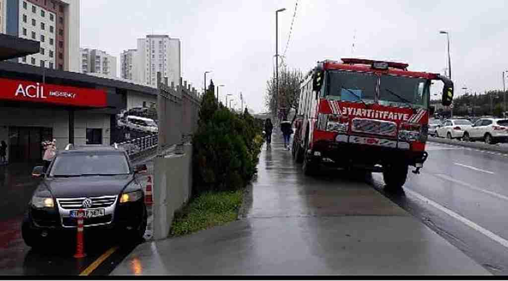 İstanbul'da hastaneyi su bastı
