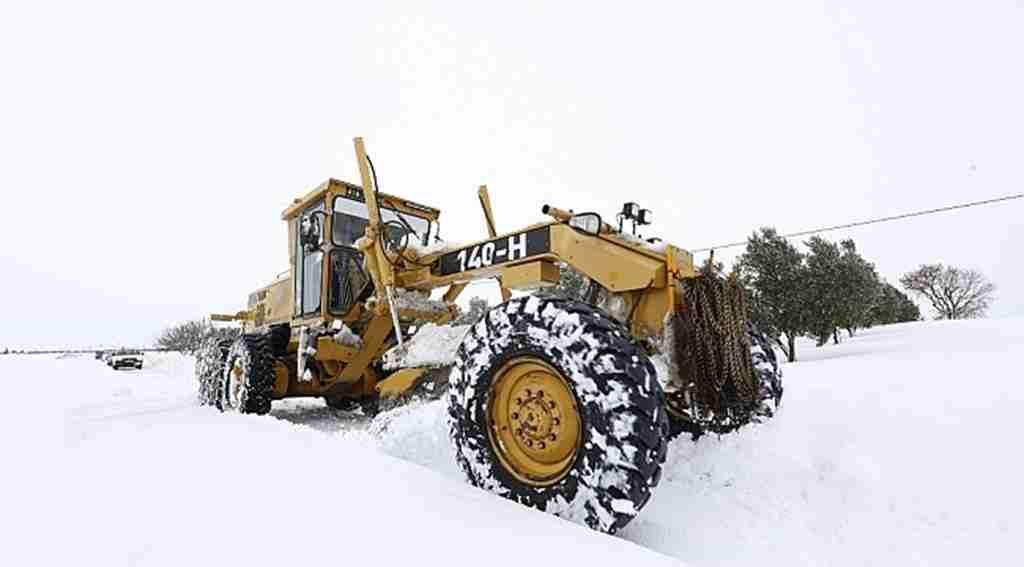 Karla kesintisiz mücadele - Bursa Haberleri