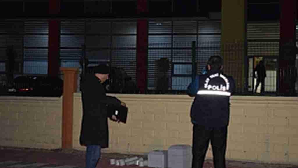 Süper Lig takımının kulüp binasına silahlı saldırı!