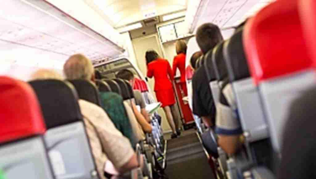 Uçakta yandaki yolcuya cinsel taciz