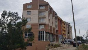 5 katlı binada panik... Çökme tehlikesiyle karşı karşıya - Bursa Haberleri