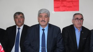 AK Parti'den belediye başkanlığı için aday gösterilmeyince istifa ettiler