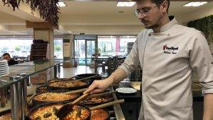 Anadolu'daki tüm kuru fasulye tariflerini tek bir dükkanda topladı - Bursa Haber