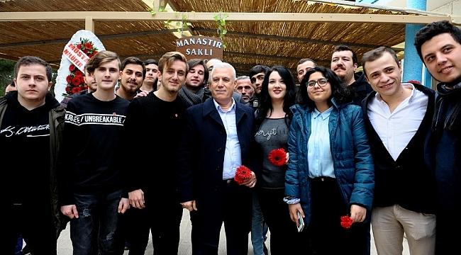 CHP'nin Bursa adayı Bozbey gençlerle buluştu - Bursa Haber