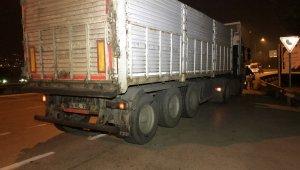 Damperi açılan tır dehşet saçtı - Bursa Haber