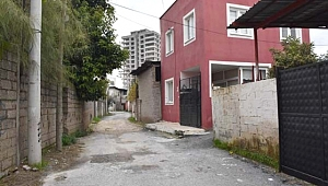 Kırmızı ev hala gizemini koruyor... Ev yüzünden bütün mahalle taşındı