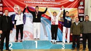 Osmangazili tekvandocudan bronz madalya - Bursa Haber