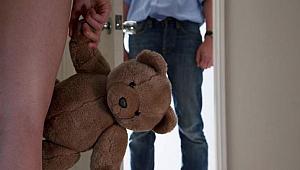 Öz babadan kızına korkunç istismar