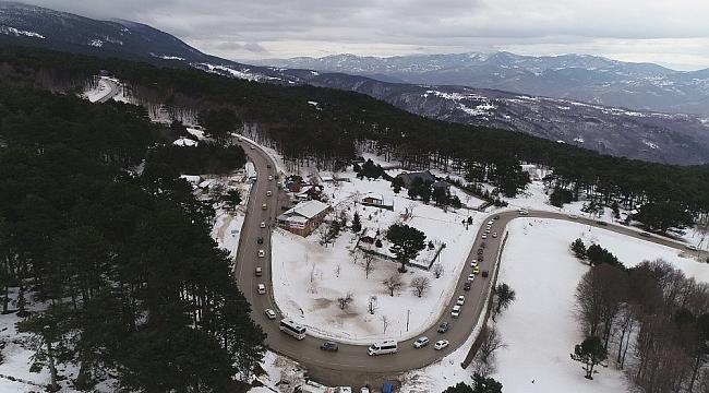 Uludağ'a çıkışta 5 kilometrelik trafik - Bursa Haber