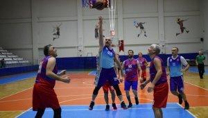 Veteran Basketbol Turnuvası'nda şampiyonlar belli oldu - Bursa Haber