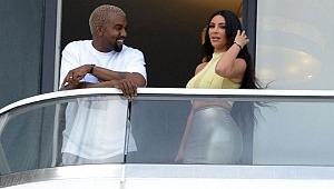 Balkonunda Kardashian'la öpüştüğü daireyi satıyor, Bakın neden?
