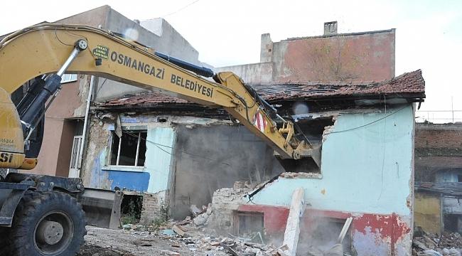 Bursa'da bir yılda 441 metruk bina yıkıldı - Bursa Haberleri