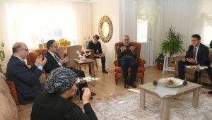Dündar şehit ailelerini ziyaret etti - Bursa Haberleri