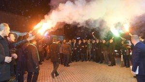 Dündar'ın ilk seçim bürosu görkemli bir törenle açıldı - Bursa Haberleri
